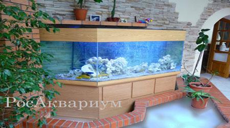 Продажа панорамных аквариумов со скошенными углами.